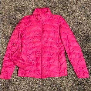 Uniqlo ultra light down jacket